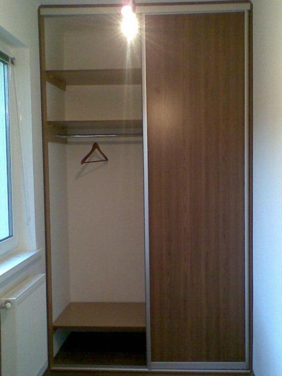 Шкафы встроенные.
